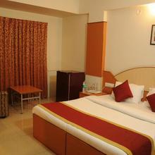 OYO 9633 Hotel Srinidhi Residency in Bengaluru