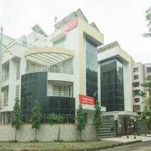 Oyo 9635 Kharghar in Mumbai