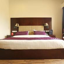 OYO 9642 Hotel Mohan Vilaas in New Delhi