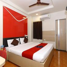 Oyo 968 Hotel Poigai in Chennai