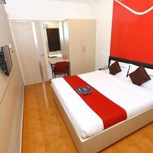 OYO 968 Hotel Poigai in Annanur