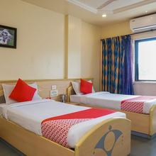Oyo 9739 Hotel Ratnalok in Talegaon Dabhade