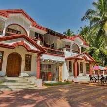 OYO 9741 Triple Beach Guest House in Madgaon