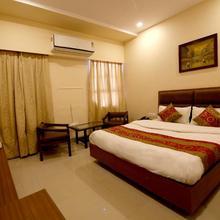 Oyo 9757 Hotel Siddharth in Jabalpur
