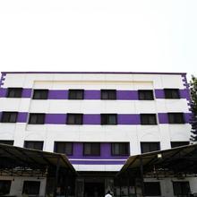 OYO 9759 Hotel Western Park in Chinchvad