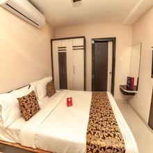 OYO 9804 Hotel Sr Residency in Mustabada