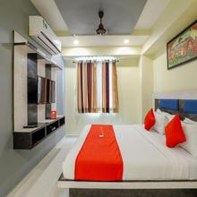 OYO 9805 Hotel Apollo Odhav in Nandej