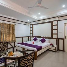 Oyo 983 Hotel Surya Residency in Secunderabad