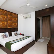 Oyo 9841 The Vivir 1 in Noida