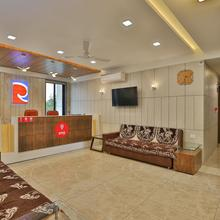 Oyo 9851 Hotel Repose in Sanand