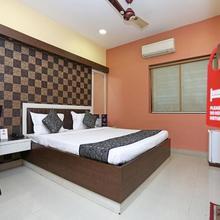 OYO 987 Hotel Pawan Putra in Alipore