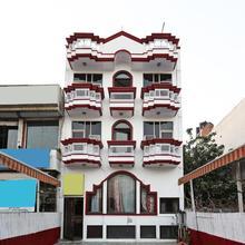 OYO 9916 Hotel Bhoomik Villas in Gurugram