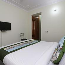 Oyo 9948 Hotel Apple Pie in Ghaziabad