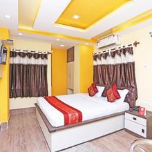 Oyo 9975 Hotel Asmeet in Barakpur