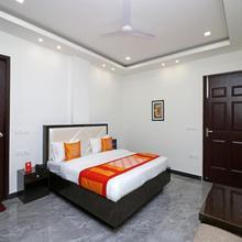 Oyo 9977 Jagat Residency in Dehradun