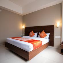 OYO 9989 Hotel Classic Executive in Loni Kalbhor