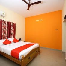 Oyo Flagship 16344 Hotel Shree Devi Srinivasa in Kandur