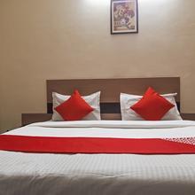 OYO Flagship 17297 Kathir Palace Madurai Main in Andaman