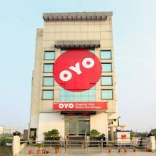 OYO Flagship 190 Gomti Nagar in Lucknow