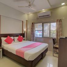 OYO Flagship 19825 Hotel Panchratna in Navi Mumbai