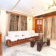 OYO Home 10858 Valley View 2bhk in Chail