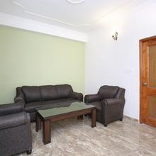 OYO Home 10861 Cozy 2bhk in Chail