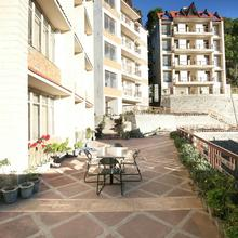 OYO Home 10985 Hill View 1bhk Near Barog Station in Kasauli