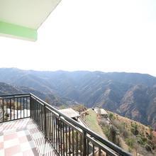 OYO Home 11892 Shimla Hills Homestay 2rk in Shimla