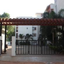 OYO 11964 Charming 1bhk in Parra