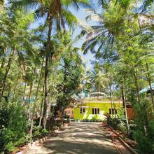 OYO Home 12130 Cozy Stay in Suntikoppa
