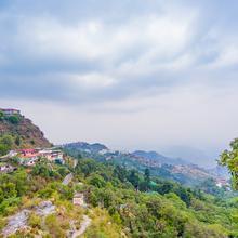 OYO Home 12828 Mountain Glory Homestay in Dhanaulti