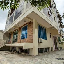 OYO Home 16503 Contemporary 2bhk in Dhanakya