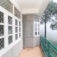 OYO Home 17226 Luxurious 2bhk in Baddi