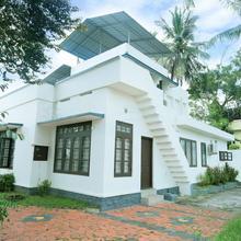 OYO Home 19505 Pushpakam Homestay in Perumkulam
