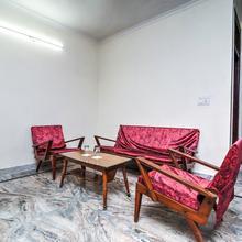 OYO Home 23132 Cozy Stay in New Delhi