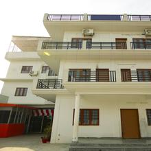 Oyo Home 24485 Spacious Stay in Bullawala