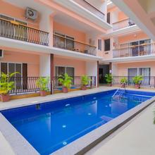 Oyo Home 9792 Poolside 2bhk in Bardez