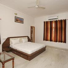 Oyo Home Hill View Airport Road Udaipur in Bedla