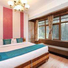 Sunny Woods Cabin Khalini in Shimla