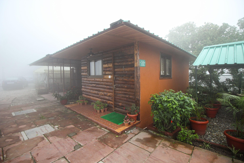 OYO 6195 Jharipani Castle Resort in Dhanaulti
