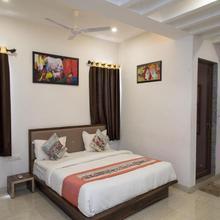 Oyo Hotel Paheli Palace in Bedla