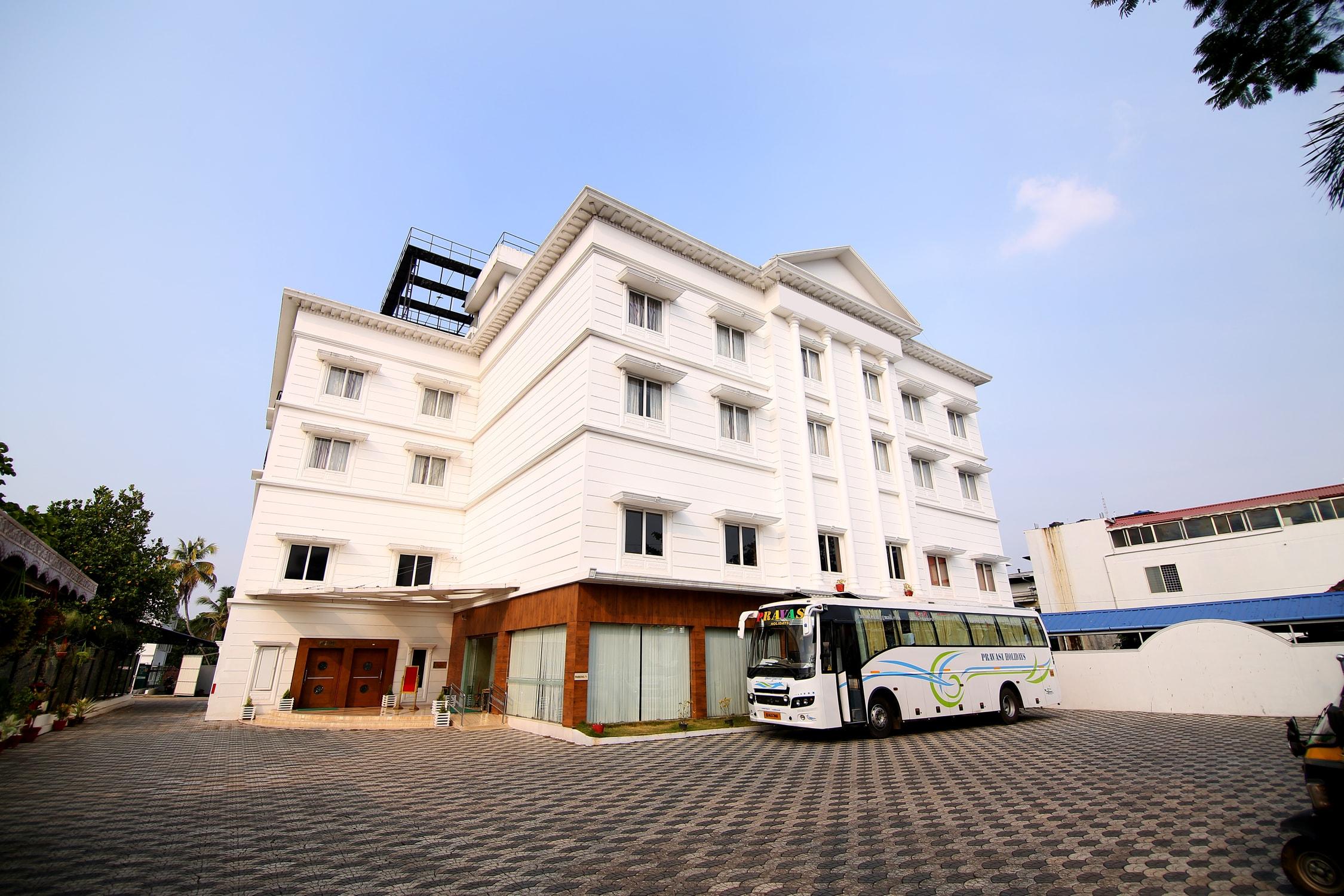 OYO 3818 Hotel Sidhartha in Irinjalakuda