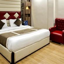 OYO Premium Govind Nagar Kanpur in Kanpur
