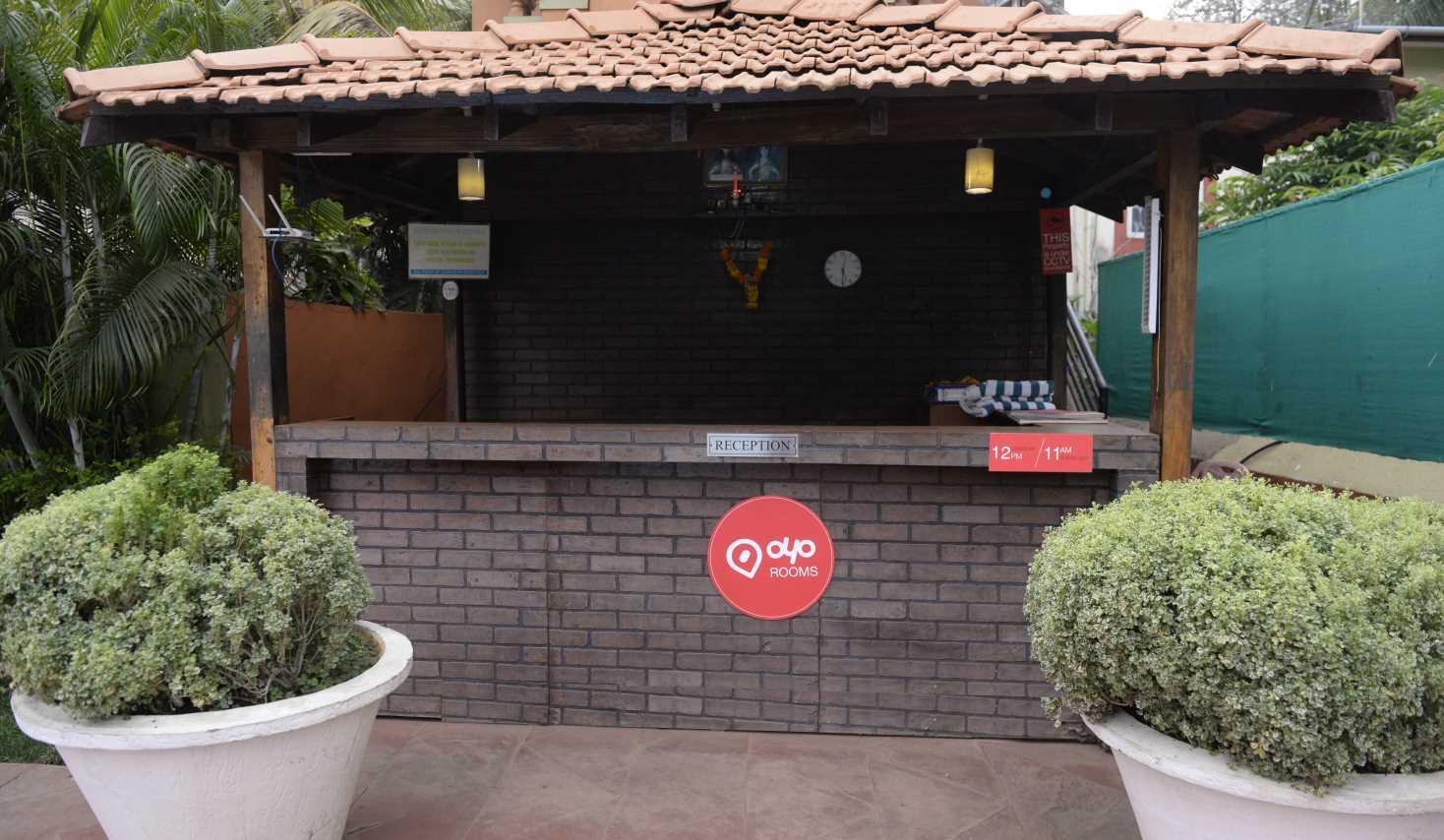 OYO 427 Ruffles Beach Resort in Nerul