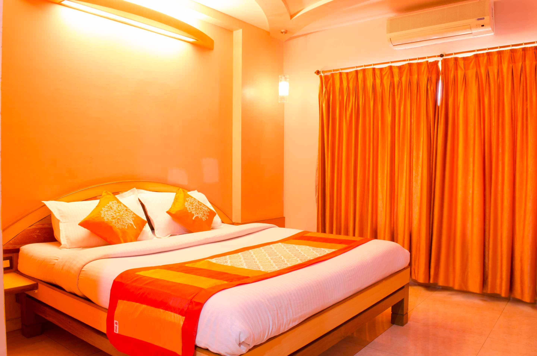 OYO 3909 Hotel The Emerald in Daman