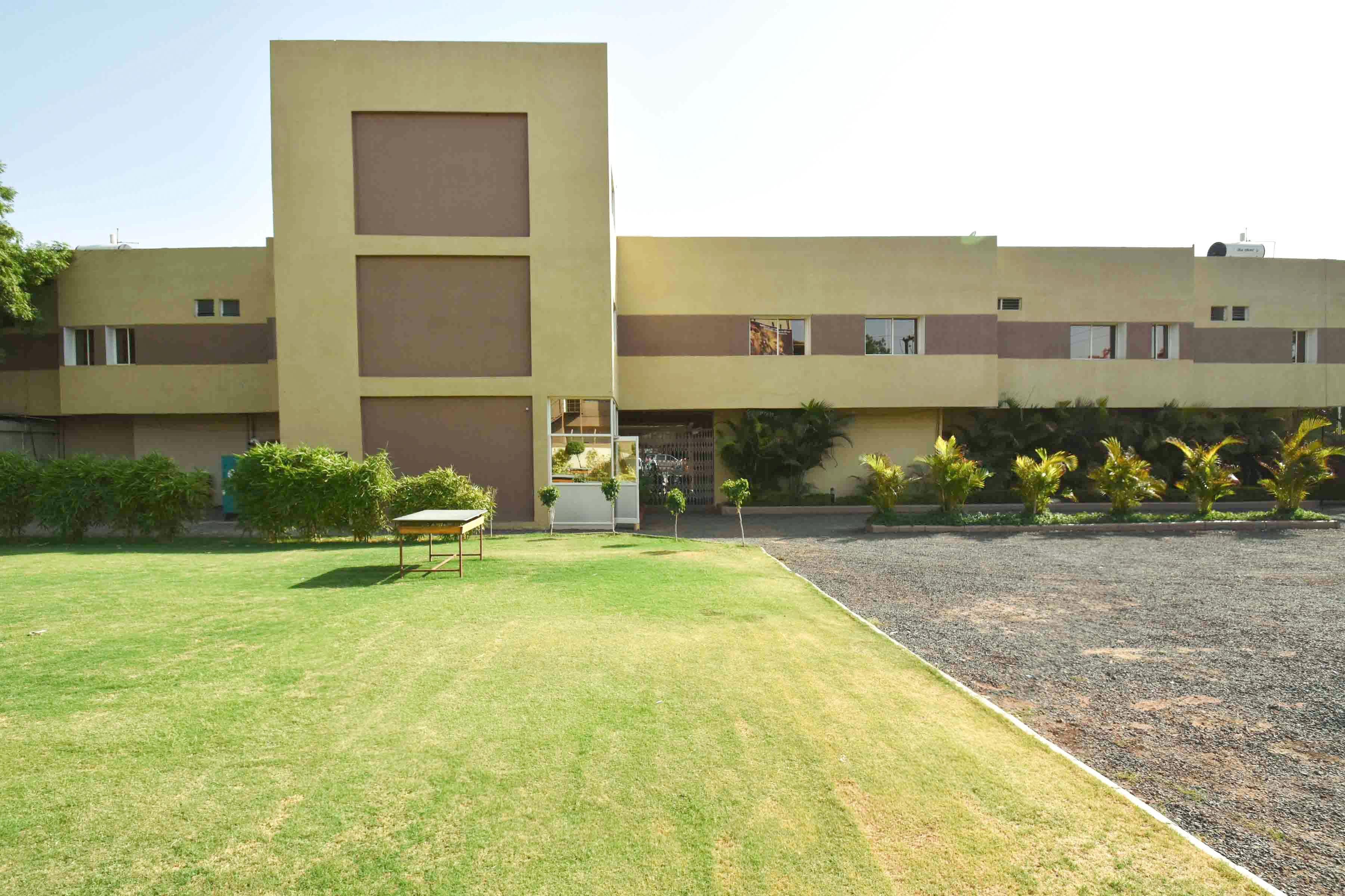 OYO 5204 Abhinav Hotel in Dewas