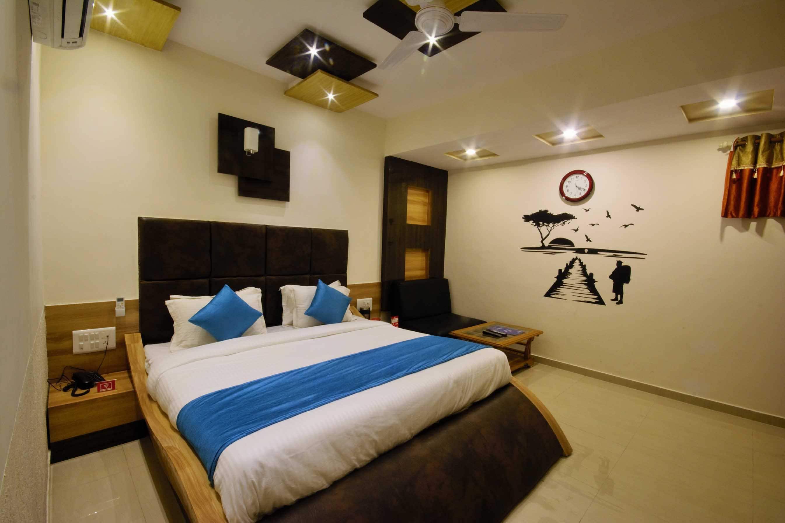OYO 3500 Hotel Madhav in Ahmedabad
