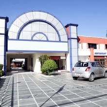 Oyo 5062 Hotel Ranvir Classic in Adampur