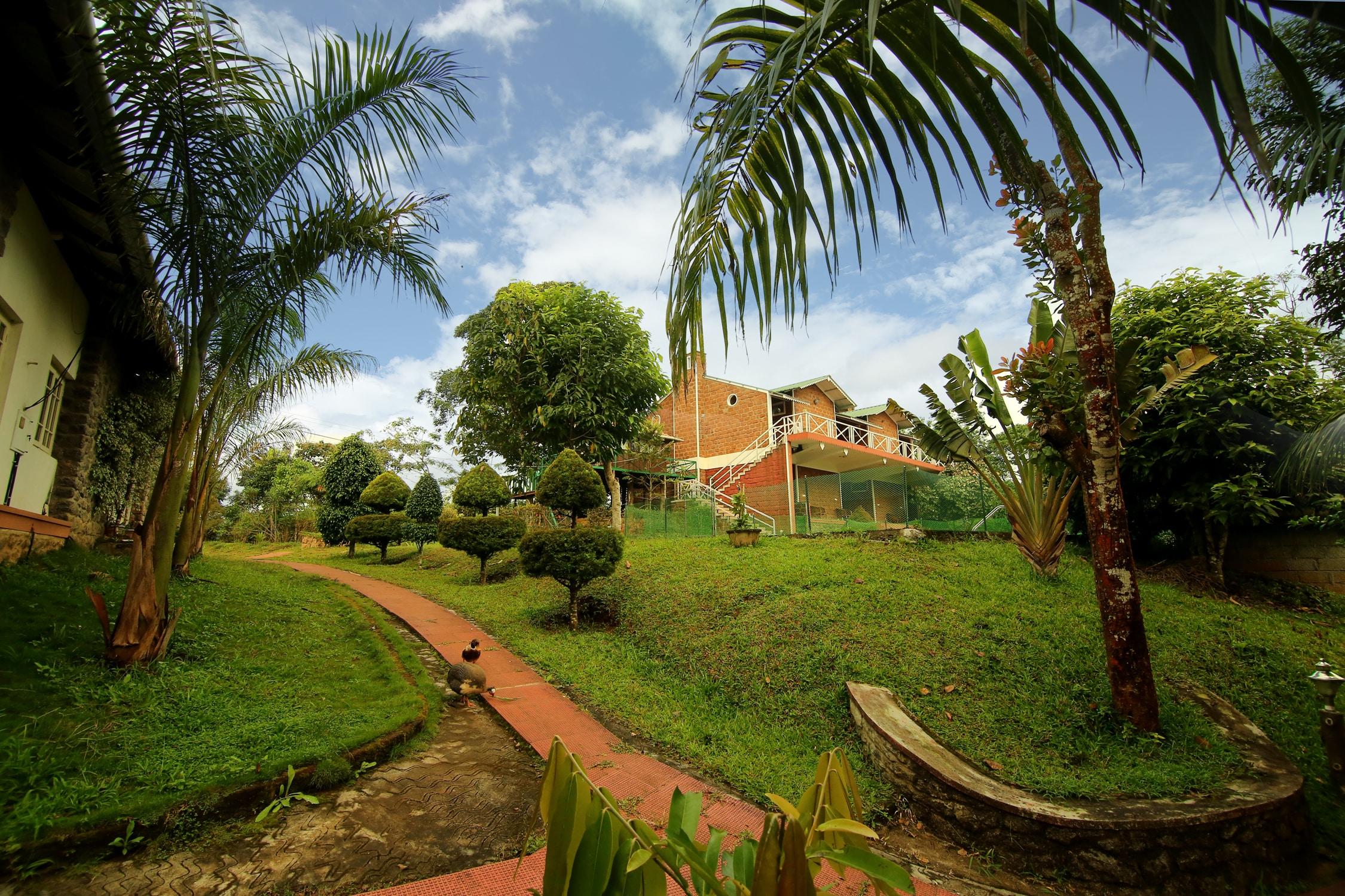 OYO 2718 Hotel Eletaria Resort in Kambam