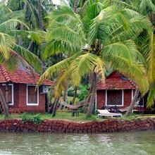 Oysters Opera Cottages in Bekal